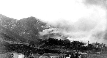 Nov 1938 fire burns toward 1904 Arrowhead Springs Hotel