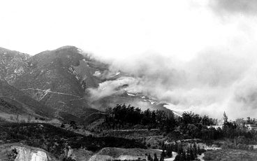 Nov 1938 fire burns toward 1904 Arrowhead Springs Hotel