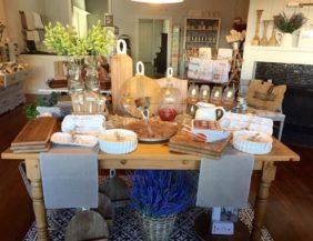 Hens Kitchen Shoppe in Claremont
