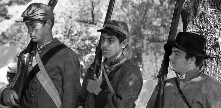 Civil War reenactors gather for battle at Orange Empire